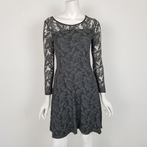 Trucco Size 6 Gray Floral Lace Fit & Flare Dress
